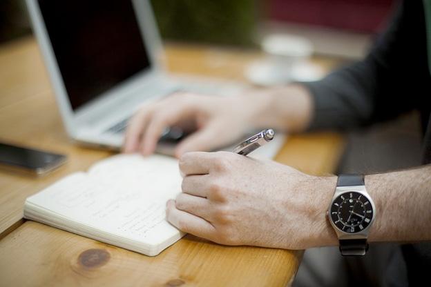 Blog Writing | DcDesignHouse.ca